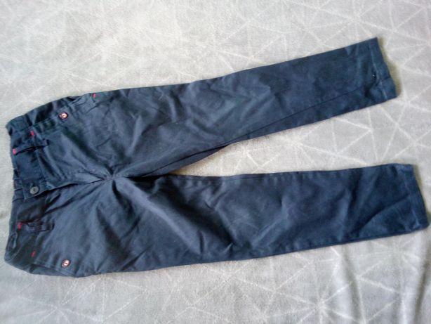 Spodnie chłopięce granatowe roz. 128