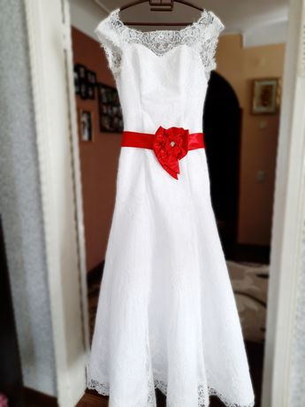 Свадебное кружевное платье рыбка