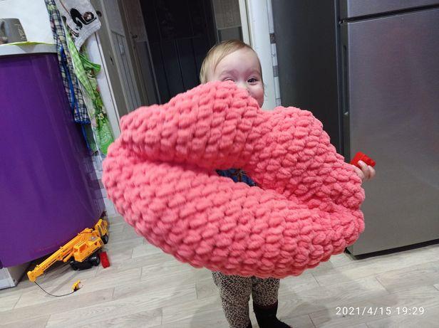 Декоративная подушка-губы