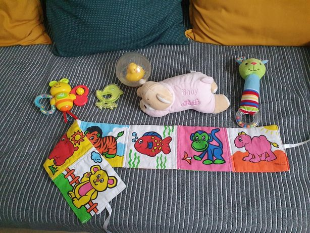 Mix 6 zabawek m.in. Fisher Price kaczka do kąpieli grający motylek