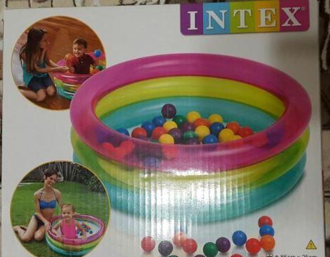 Детский надувной бассейн с шариками Intex