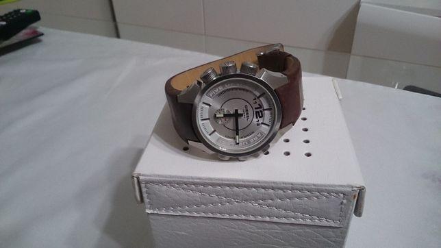 Zegarek DIESEL Dz 4120