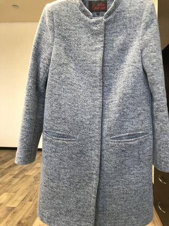Пальто / пальто демисезонное