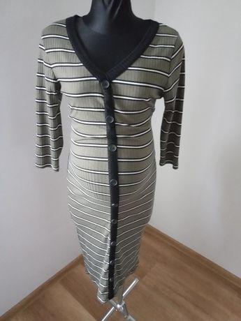 Sweterkowa sukienka ciążowa