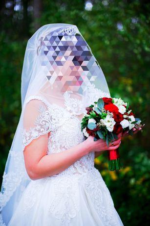 Весільна сукня для королеви