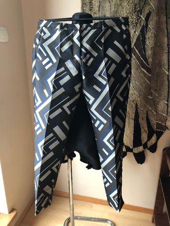 Max Mara spodnie damskie cygaretki jak nowe roz 38