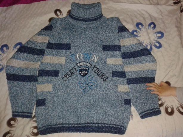 Теплый зимний свитер мальчику на возраст 5 - 6.5лет