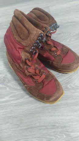 Зимние сапожки на шнурках