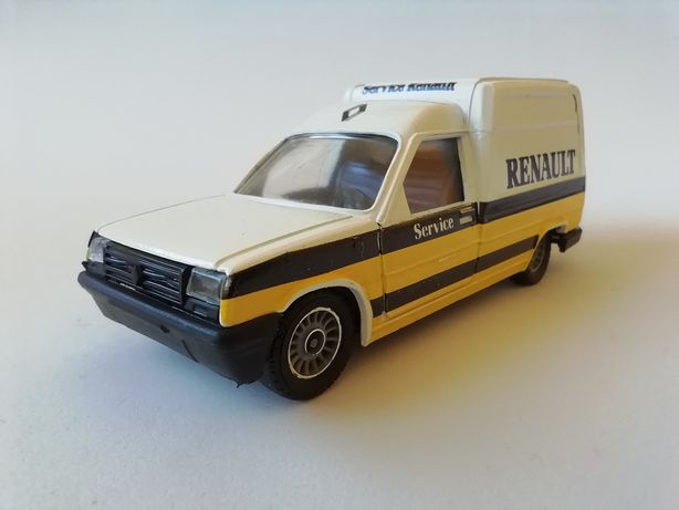 "1/43 Renault Express ""Service"" - 1985 (Miniatura - Solido)"
