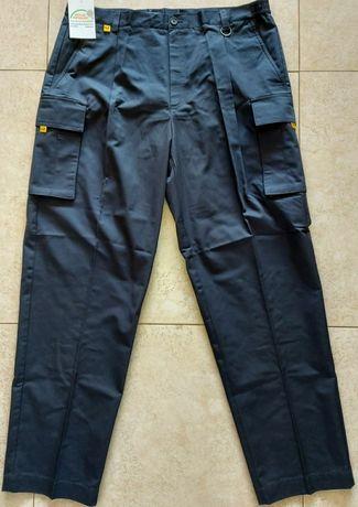 Spodnie męskie z kieszeniami r.56