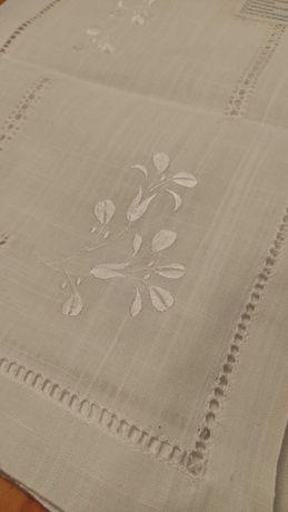 Vendo Conjunto Panos de Algodão bordados