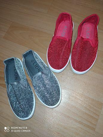 Кроссовки ботинки для девочки мокасины тапочки в сад