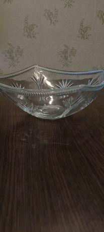 Салатница стеклянная, большая (26 см)