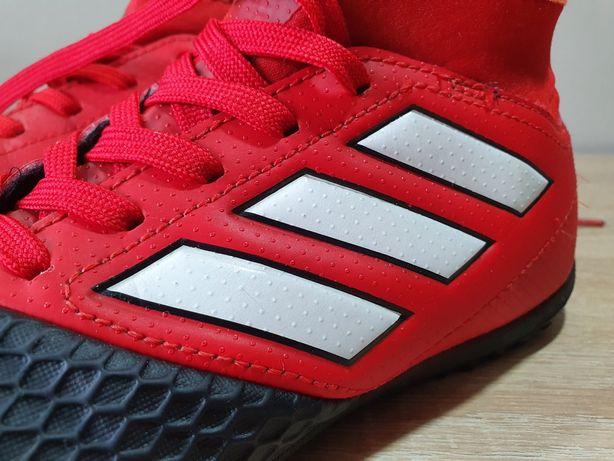 Turfy Adidas r. 36