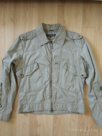 Мужская куртка как новая