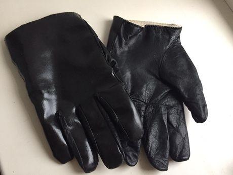 Перчатки мужские кожаные . 350р