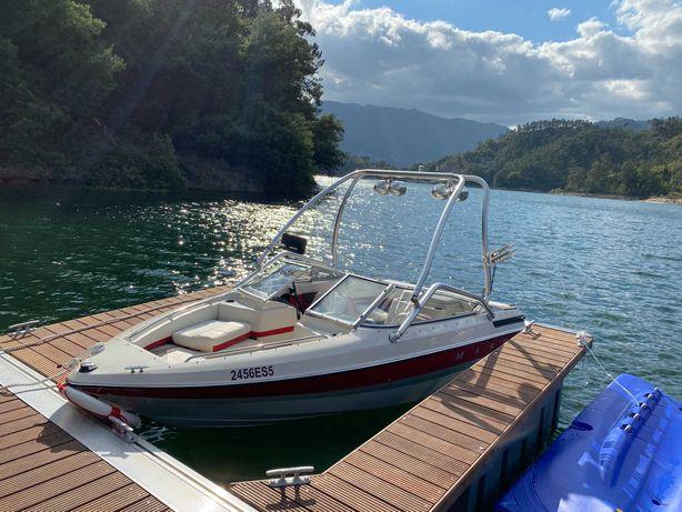 Barco MAXUM 1800 Agua doce Muito bom estado