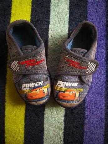 Buty domowe dla chłopca rozmiar 21