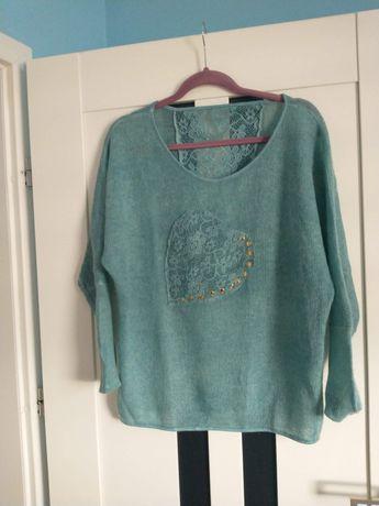 Śliczny sweterek rozmiar M