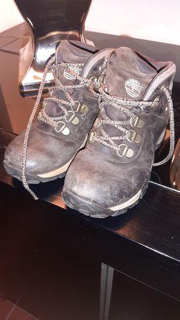 Vendo botas menino timberland