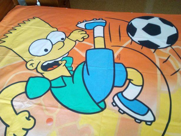 Duas capas de edredão Bart Simpson para cama de solteiro a 8€ cada.