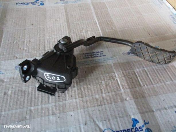 Pedal 4E2723523C AUDI / A8 / 2006 / 4,2TDI /