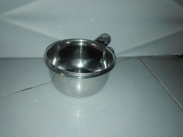Miseczka metalowa dla gryzonia (królika, szynszyli, świnki morskiej)