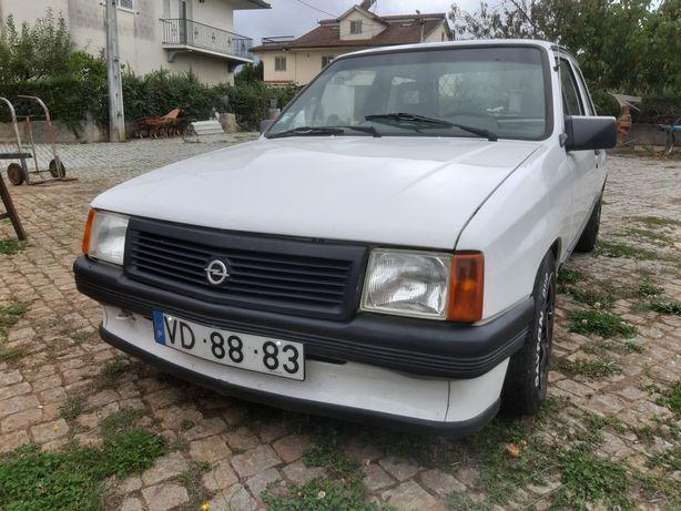 Opel Corsa A 1.5D para Peças