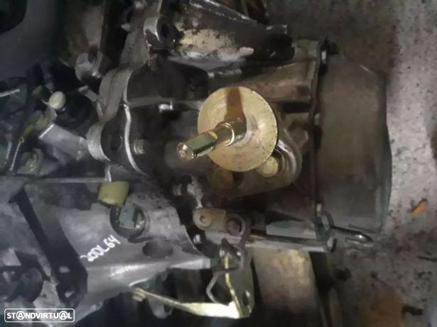 Caixa de velocidades Peugeot / Citroen Xsara 2.0 Ref: 20DL64