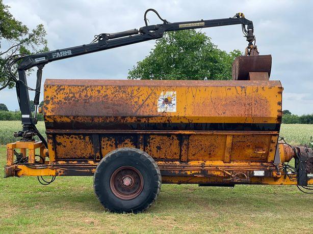 Wóz do kompostu i humusu albo paszowóz