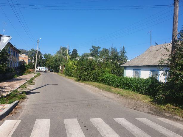 Вул.Комуністична 12 соток фасад 60 метрів (Сергія Камінського)
