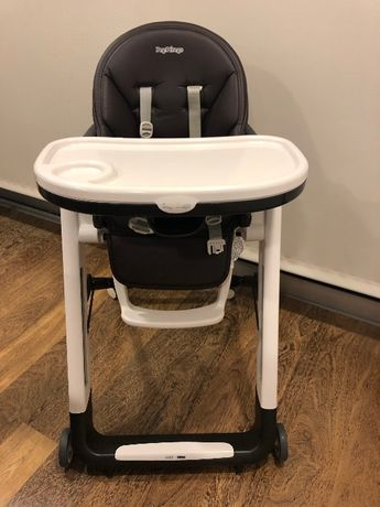 Cadeira Refeições Peg-Pérego de couro ecológico de cor castanha