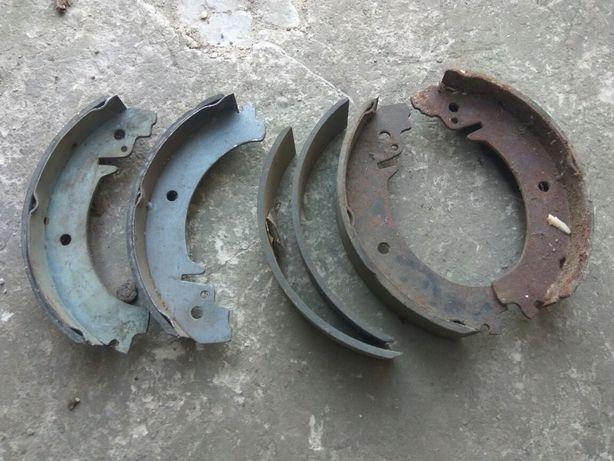 Тормозные колодки задние, накладки Ваз 2101