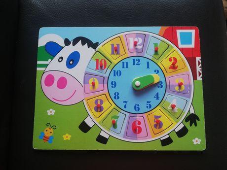 Drewniany zegar, drewniana układanka puzzle