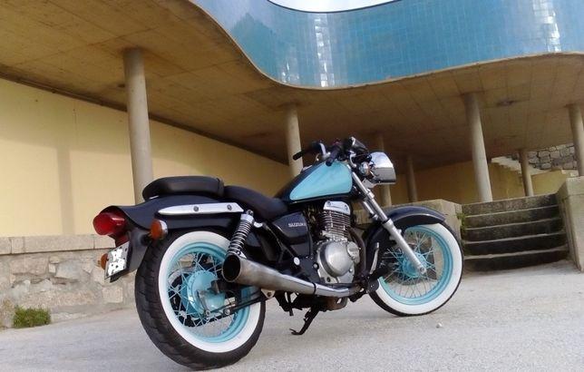 Suzuki GZ 250 única vendo/troco por carro ou mota faça prop