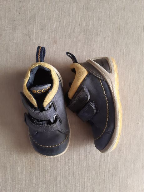 Jesienne buty firmy Ecco Biom roz.19