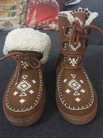 Botins Zara / sapatos dourados
