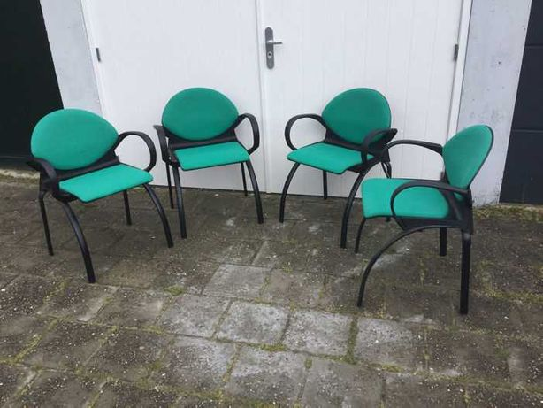 Комплект з 4 крісел Steelcase