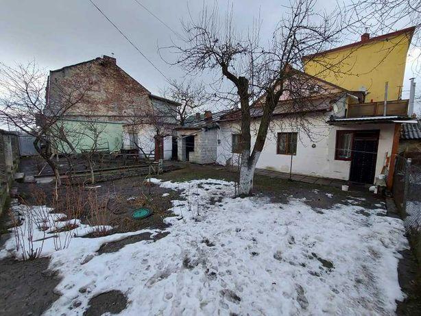 Продаж ділянки з будинком. Район левандівка