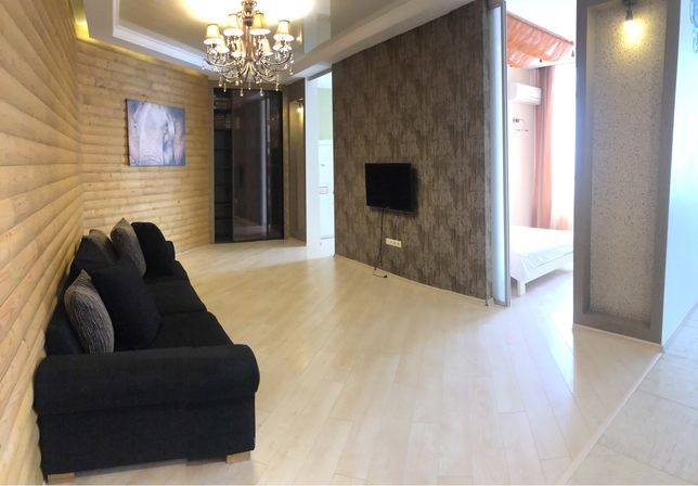 Аренда 2х комнатной квартиры 77 кв.м. с видом на море Французский буль
