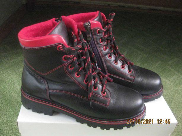 Ортопедические ботинки 36 р-р на девочку