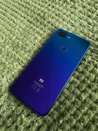 ПРОДАМ ТЕЛЕФОН Xiaomi 8 lite 4/64