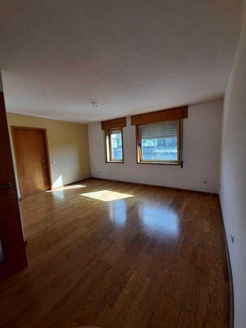 Apartamento T1 junto á estação de Ermesinde