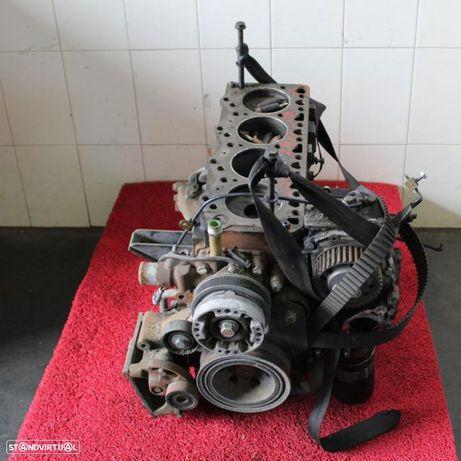 Motor para PEÇAS Iveco Daily III 2.8 HPI 35c15 01-06