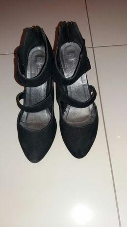 Czarne buty szpilki 38