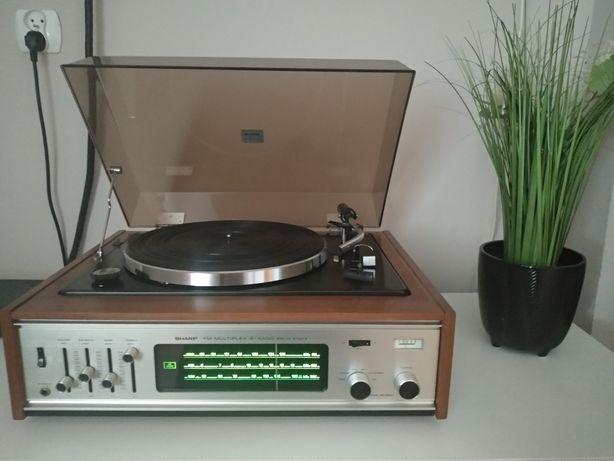 Model GS-5530SGramofon Radio Sharp; Osaka, rok1970