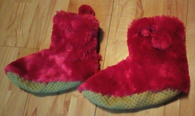 Pantofle wysokie ciepłe nowe