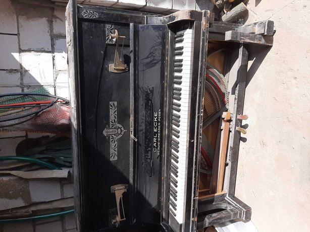 Pianino  120 lat sprzedam lub zamienię na motor do pojemnośći 125