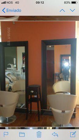 Mobiliário de cabeleireiro