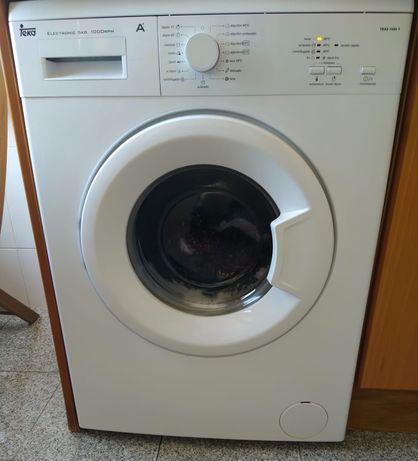 """Máquina de Lavar Roupa """"Teka"""""""